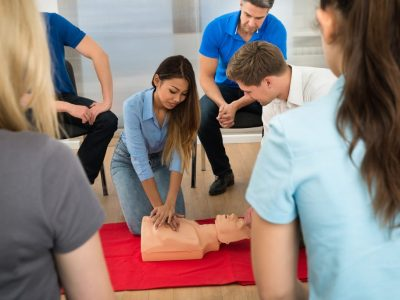 first aid courses in brisbane - cpr training